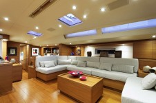Sailing yacht MRS MARIETTA CUBE - Main Salon