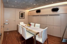 Sailing yacht Merlin -  Dining