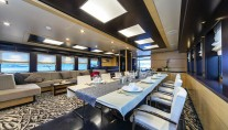 Sailing yacht NAVILUX -  Formal Dining