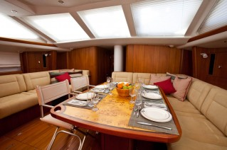 Sailing yacht NEKI -  Salon