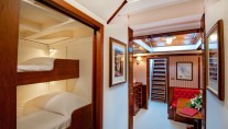 Sailing yacht Oriander -  hall and Cabin