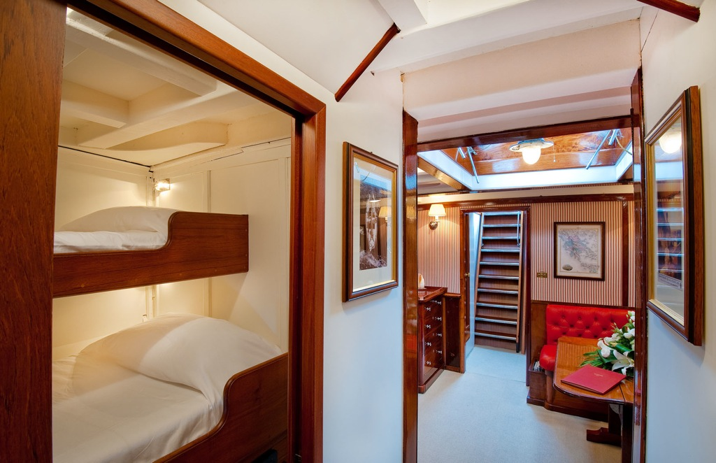 Classic orianda sailing yacht oriander hall and cabin for By the cabin catamaran charters