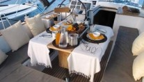 Sailing yacht POINT 02 -  Cockpit Dining