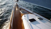 Sailing yacht POINT 02 -  Foredeck 2