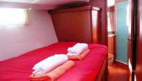 Sailing yacht POINT 02 -  Guest Cabin