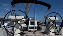Sailing yacht SHOOTING STAR -  Double steering wheels on deck