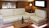 Sailing yacht SHOOTING STAR -  Salon Seating