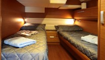 Sailing yacht SHOOTING STAR -  Twin Cabin