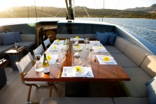 Sailing yacht Sarissa -  Al fresco Dining on Deck