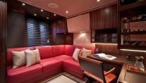 Sailing yacht Sarissa -  Convertible Office