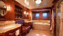 Sailing yacht TIARA -  Master bathroom