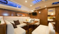 Sailing yacht VOILA -  Salon Dining