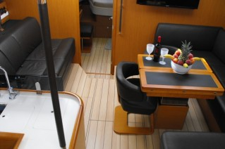 Sailing yacht ZUMA - Salon
