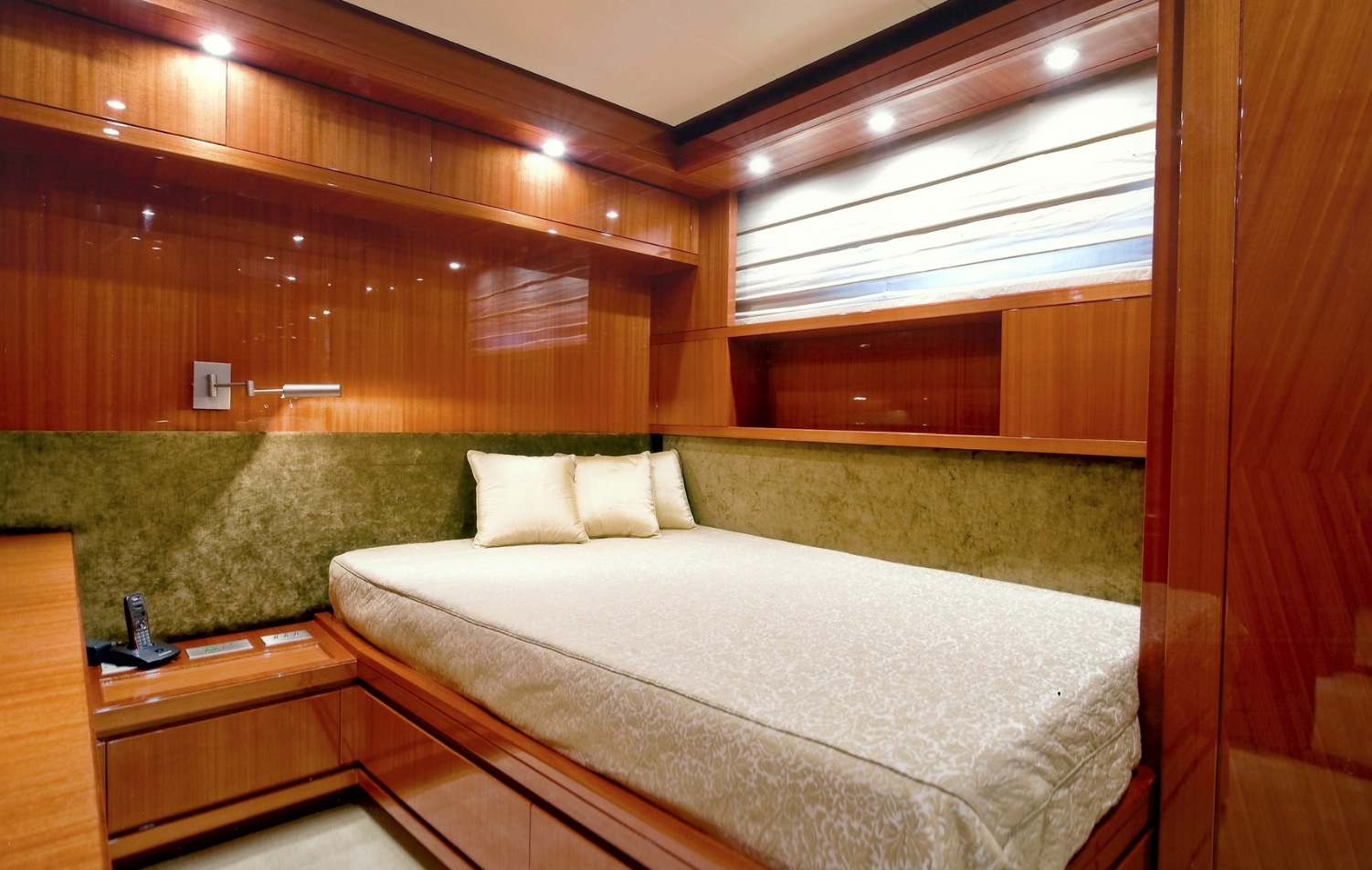 bed image gallery  luxury yacht gallery browser - san