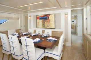Sanlorenzo SD92 yacht  ONE MY WAY -dining.jpeg