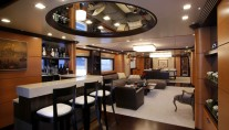 Serenity II  -  Salon and Bar
