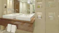 Smeralda superyacht - bathroom