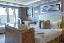 Solandge Yacht - VIP Suite - Photo by Klaus Jordan