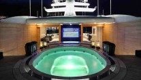 Spa Pool on board of the Viareggio Superyachts charter yacht Candyscape 2