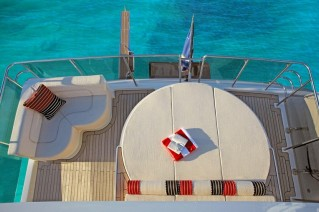 Sunbathing area on biard of the superyacht Red Pearl by MCP Yachts.png