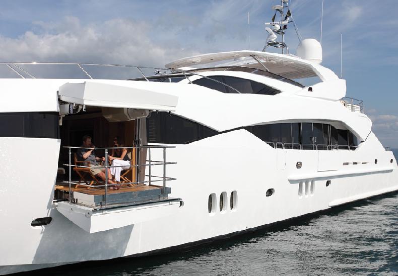Sunseeker Predator 130 Yacht Exterior