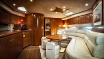 Sunseeker Predator 61 LEO -  Salon