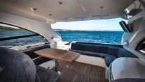 Sunseeker Predator 61 LEO -  Upper Cockpit Salon