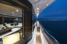 Sunseeker TWENTY EIGHT - Starboard side deck