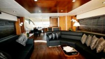 Sunseeker Yacht LAZY P -  Salon 2