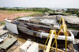 Super Yacht Fox under reconstruction - Image courtesy of Yacht Solutions