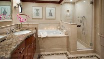 Super Yacht LADY JANET - ex Scott Free - ex Marathon - Bathroom