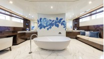 Super Yacht SERENITY - Owners Bathroom