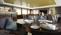 Super yacht Lady Tahiti - upper deck dining