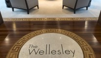 Super yacht THE WELLESLEY - Inlay