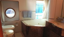 Supertoy - Master bath with Jaccuzzi