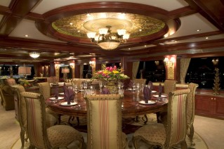 Superyacht AMARULA SUN -  Formal Dining