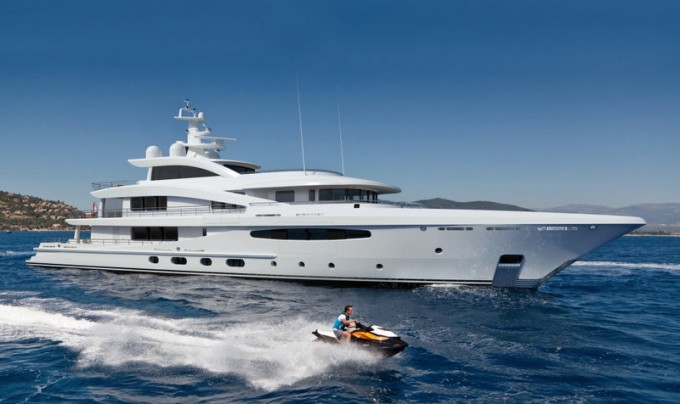 Motor Yacht AMELS 188