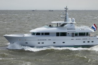 Superyacht Belle de Jour - side view