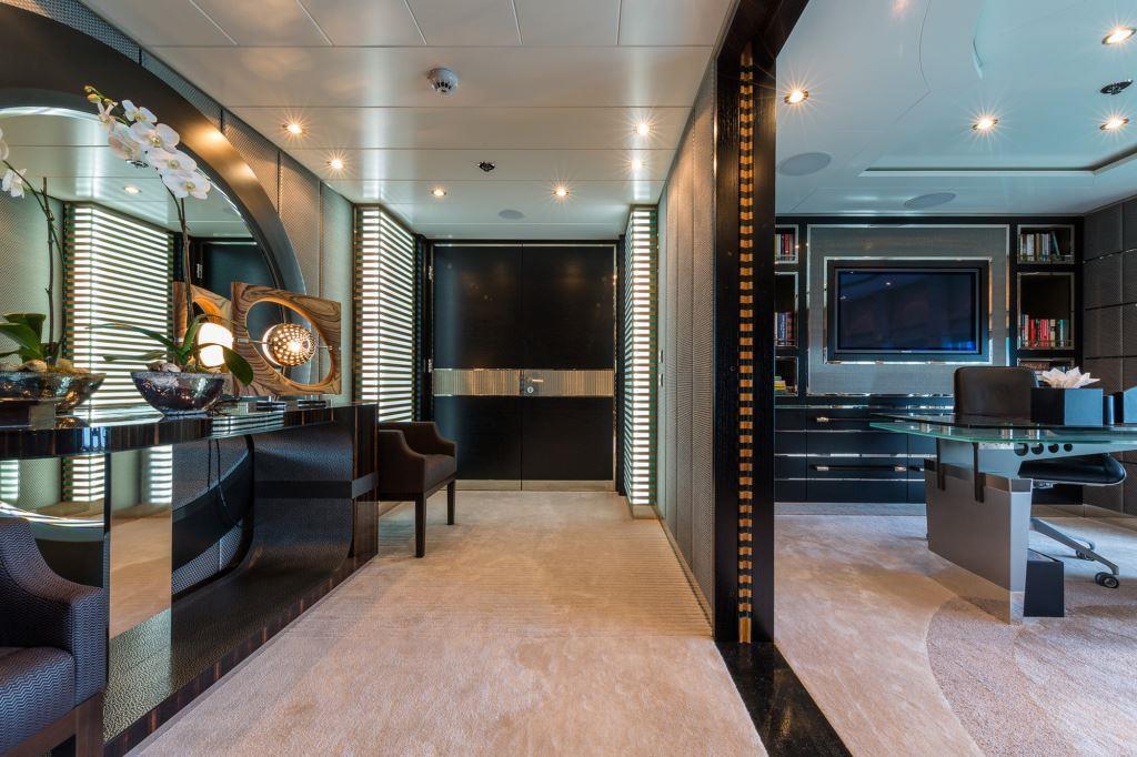 Foyer Luxury Yachts : Superyacht elysian master foyer luxury yacht browser