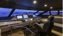 Superyacht F960 - pilot house