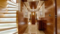 Superyacht Le Must - lower lobby