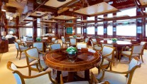 Superyacht OMEGA - Formal dining