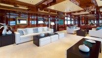 Superyacht OMEGA - Salon