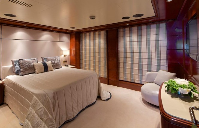 Superyacht OMEGA - VIP suite