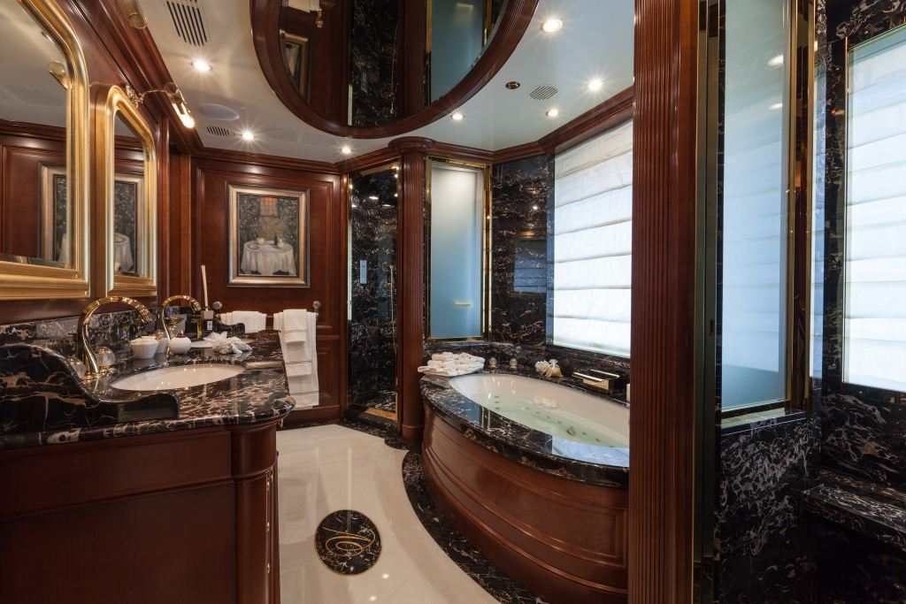 Master Ensuite Image Gallery Luxury Yacht Browser By