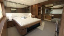 Superyacht Riva 88 Miami - Owners Cabin-001