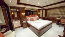 Superyacht TITANIA -  Guest Stateroom 1
