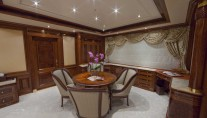 Superyacht TITANIA -  Master Suite Office