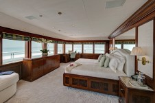 Superyacht TITANIA -  Upper Deck Master Suite