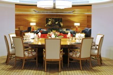 Superyacht TV - Dining - Indoor Outdoor Flow 2
